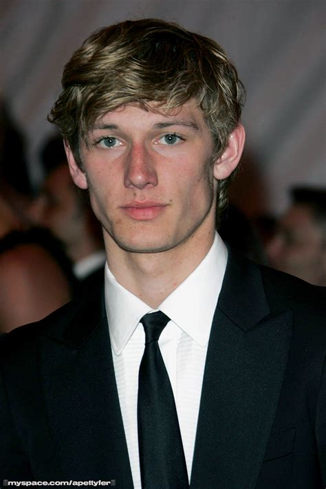 alex pettyfer alex pettyfer pics photos pictures of his tattoos