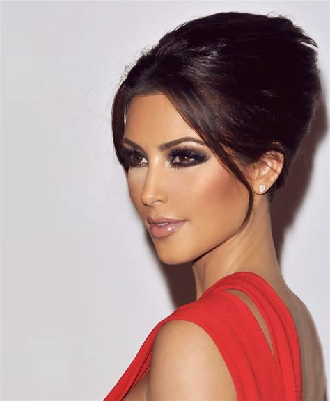 hair and makeup looks kim kardashian makeup looks 社交名媛金 183 卡達夏的美妝 tommy beauty pro