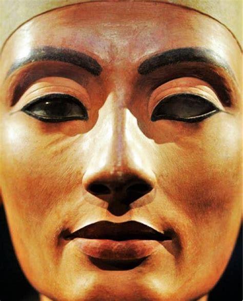 Lipstik Nefertiti miss colombia mendoza sola