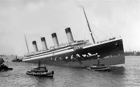 real pictures of the titanic sinking these real titanic photos are more riveting than the movie
