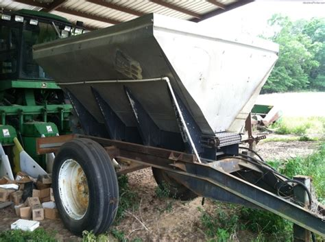 newton couch other newton crouch spreaders fertilizer manure john