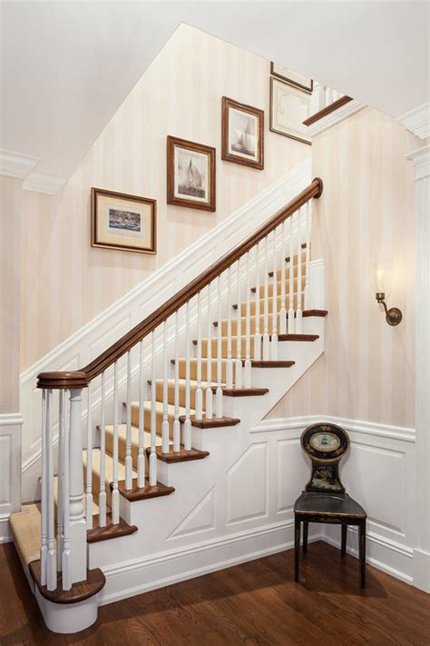 Is that wallpaper on the walls going up the stairs? White