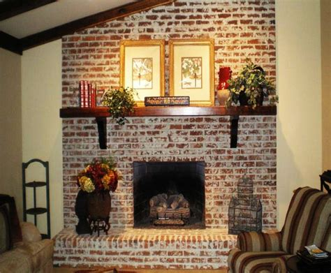 Re Brick Fireplace by Best 25 Exposed Brick Fireplaces Ideas On