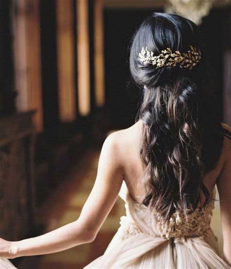 Wedding Hairstyles Braids Curls by Indian Wedding Hairstyles For Indian Brides Up Dos
