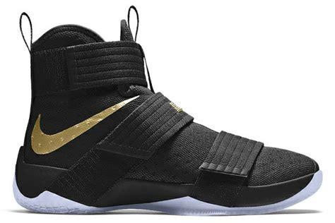 Sepatu Basket Nike Lebron 11 Soldier Wheat jual sepatu basket nike lebron soldier 10 black gold di