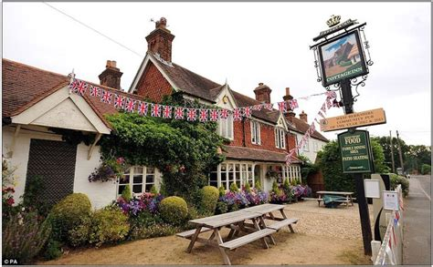 bucklebury berkshire 1000 images about england my england on pinterest