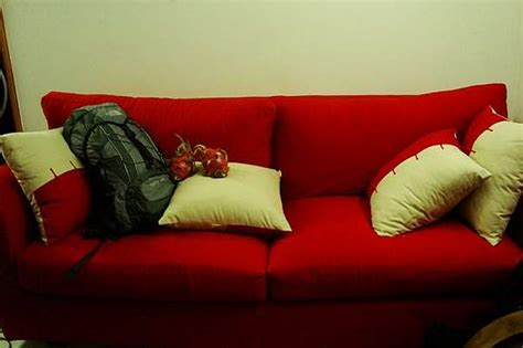 couch stay couchsurfing stay anywhere in the world for free