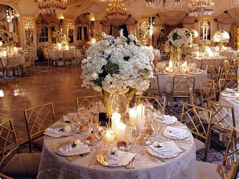 Wedding Decorations: 50th Wedding Anniversary Decorating Ideas