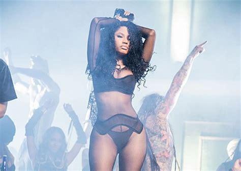 nicki minaj shows off her hot bod as she shows off her nicki minaj shows off her body for the only video shoot
