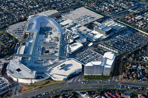 House Plans With Atrium In Center by Melbourne S Chadstone Shopping Centre Still Australia S