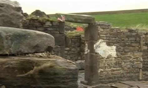 Pendle Hill Witches Cottage bensozia the witches cottage of pendle hill