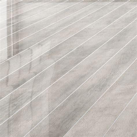 Falquon Flooring   White Oak Silver Strip High Gloss