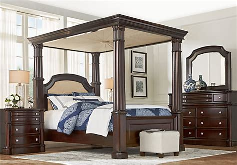 queen canopy bedroom sets dumont cherry 6 pc queen canopy bedroom traditional