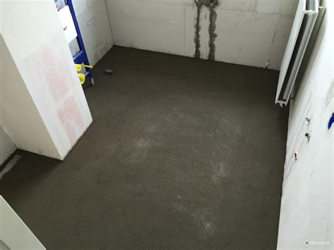 badkamer zandcement met afschot inloopdouche werkspot