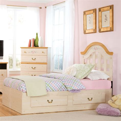 princess bedroom furniture the princess bedroom furniture for girls