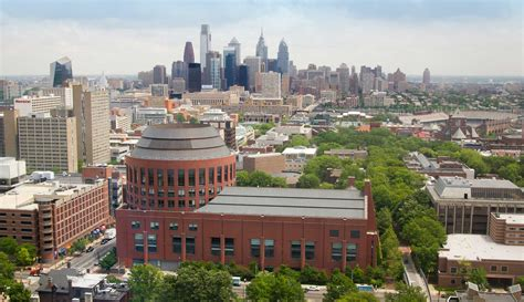 Mba Programs In Philadelphia Pa by Wharton Alumni Magazine Features Emba Program S 40th