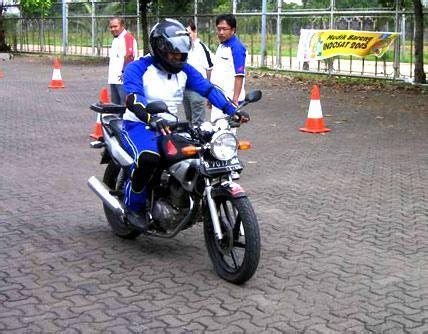 Pedal Rem Jupiter Mx Besi Tuas Rem Kaki Belakang Bukan Original Yamaha jupiter mx community jakarta pelatihan safety