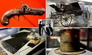 lincoln artifact goes on display artifacts from abraham lincoln s assassination go on
