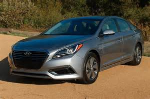 Hyundai Sontat 2017 Hyundai Sonata Hybrid Reviews And Rating Motor Trend