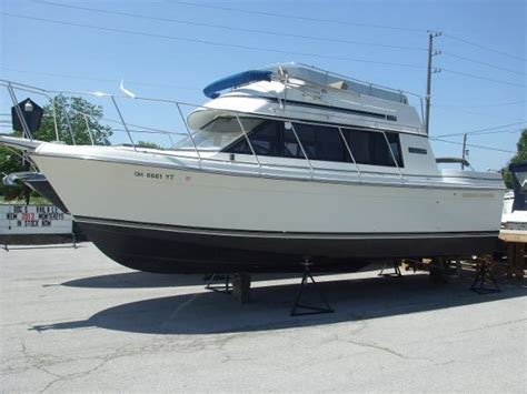 carver boats for sale port clinton ohio carver 28 voyager boats for sale boats