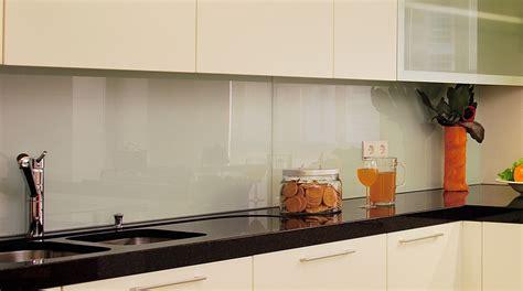 Tile For Kitchen Backsplash Ideas by K 252 Chenr 252 Ckwand Glasklar Optik