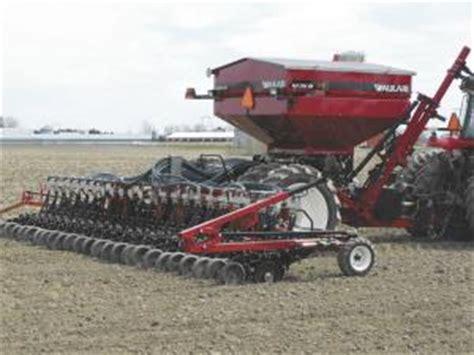 Liquid Fertilizer Systems For Planters by Farm Show Fertilizer System Fits Variety Of Planters
