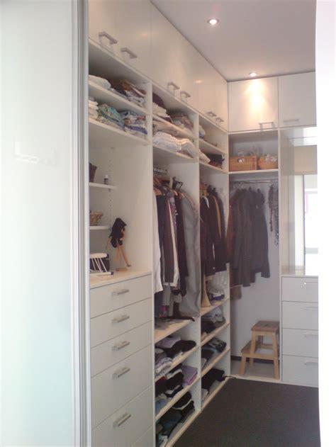 Begehbarer Kleiderschrank Mit Fenster by Einblick Inneneinteilung Au 223 En 1 Unikate Mit