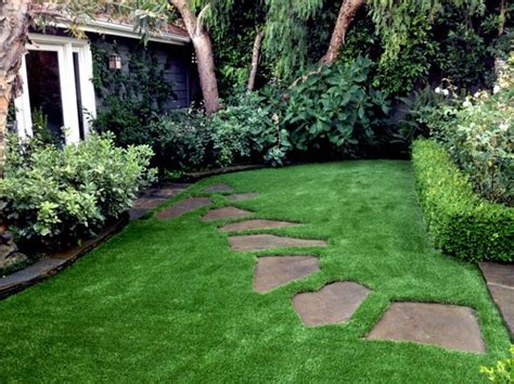 astro turf backyard best 25 fake grass carpet ideas on pinterest astro turf