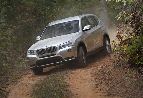bmw x3 road drive 2011 bmw x3 xdrive 35i and 20d 2011 bmw x3