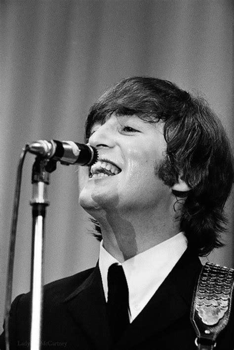John Lennon 1940-1980 | beatlesuniverseblog