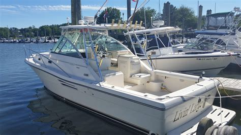 2000 used pursuit 3000 express cruiser boat for sale