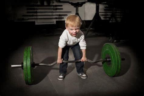 los 13 beneficios del entrenamiento con pesas elche el mito del crecimiento en los ni 241 os y el entrenamiento