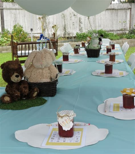 Sophisticated Baby Shower Decorations by Decorating A Modern Baby Shower Ideas