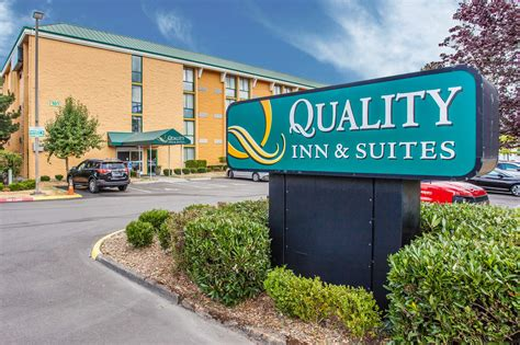 quality inn suites quality inn and suites everett 2017 room prices deals