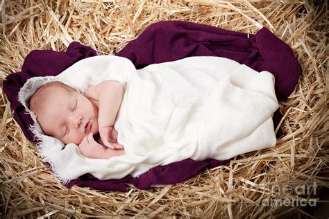baby jesus manger baby jesus beautiful photos pic of baby jesus