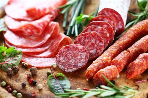 alimenti da evitare per emicrania i 5 alimenti da evitare per chi soffre di mal di testa