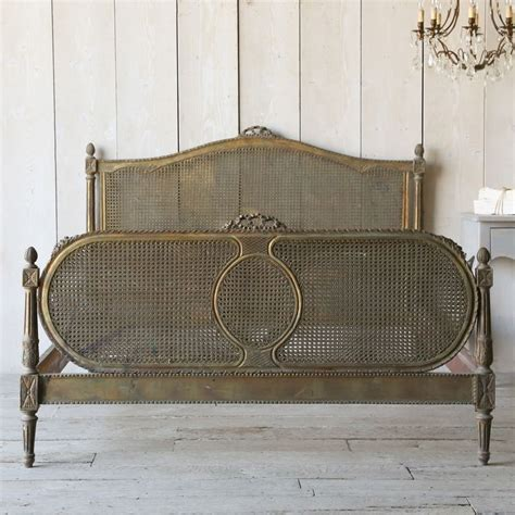 Shabby Chic Interior 4394 by Pin By Caroline Charles Leigh On Bedchamber