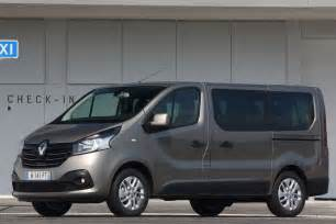 Renault Trafic Passenger Renault Launches Master And Trafic Passenger Honest