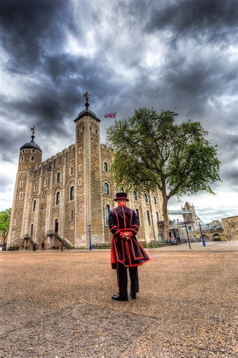 boat rides thames tower of london seeing the best of london in a full day london walking