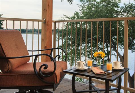 granbury tx bed and breakfast boutique hotel in granbury tx top rated lakefront hotel