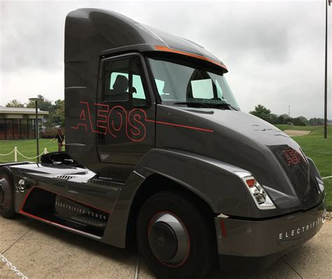 electric semi truck electrek co on twitter quot diesel engine manufacturer