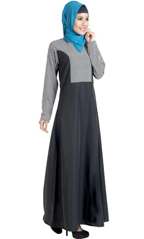 Jilbab Polkadot block work black and white print dress abaya shop at discount price islamic clothing