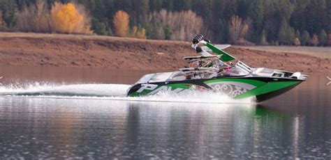 wake boat engines pavati offering gm ls v8 engines wakeboard boats gm