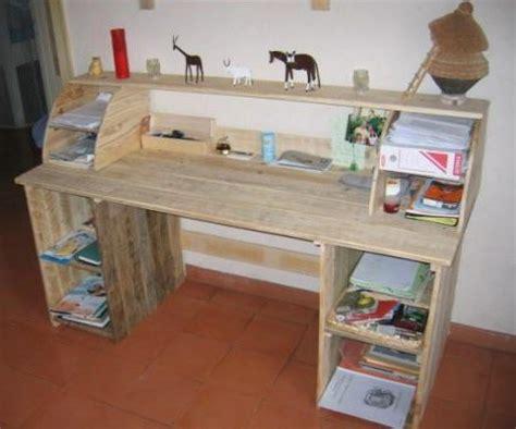 Fabriquer Un Bureau Informatique by Faire Un Bureau En Bois De Palette Des Mod 232 Les