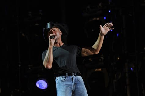 tim mcgraw june 17 best images about 2013 cma music festival on pinterest