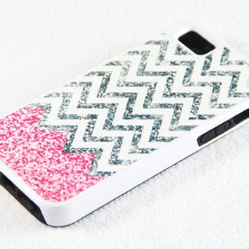 Iphone 5 Iphone 5s Shining Glitters Soft Pinkwhite vibrant glitter pink and white chevron from acyc on etsy