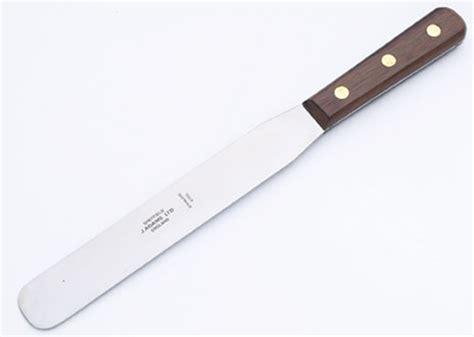 palette knives wood handles