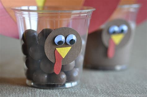 Paper Cup Turkey Craft - 5 and easy thanksgiving crafts for cloudmom