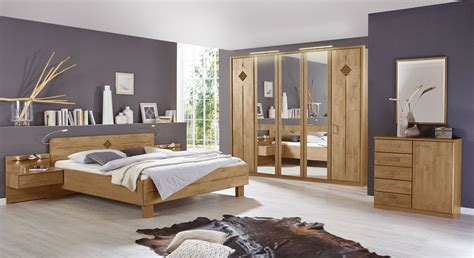www schlafzimmer de schlafzimmer in erle natur teilmassiv mit komfortbett aliano