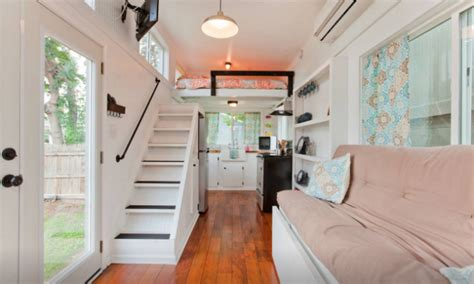 airbnb nashville tiny house tiny houses in paradise 20 incredible vacation rentals on airbnb by cat johnson yes magazine